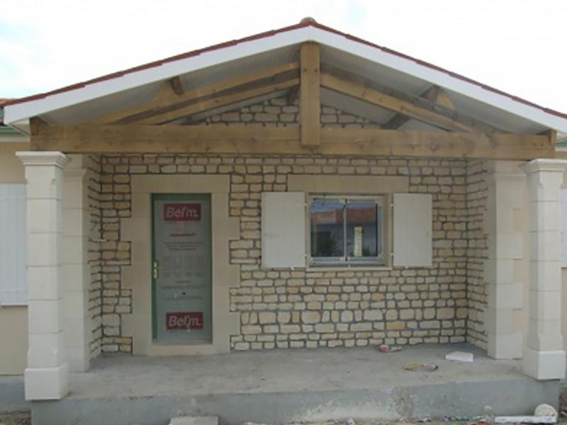 Parement Genacais pierre reconstituée Poupelin